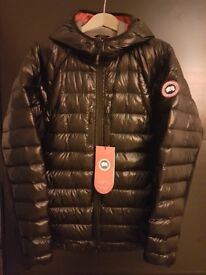 New canada goose 2017 hybridge light slim fit packable red/black