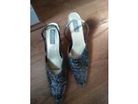 Formal mid-heel shoes for women UK size6