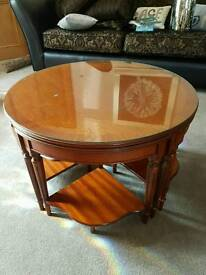 Hen and chicks coffee table set cw glass top to main table very handy