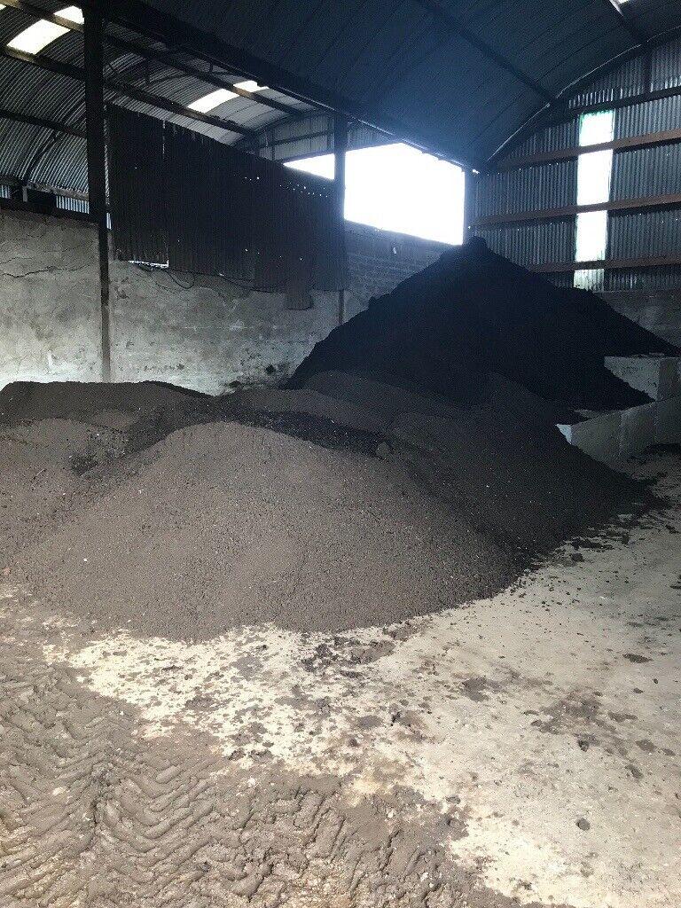 Ton Of Topsoil >> Screened Topsoil Grab Hire Ton Bags Soil In Comber County