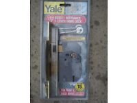 new Yale Lock PM560 Hi-Security BS 5 Lever Mortice Sash Lock 64mm 2.5-inch Brass Finish RRP: £105