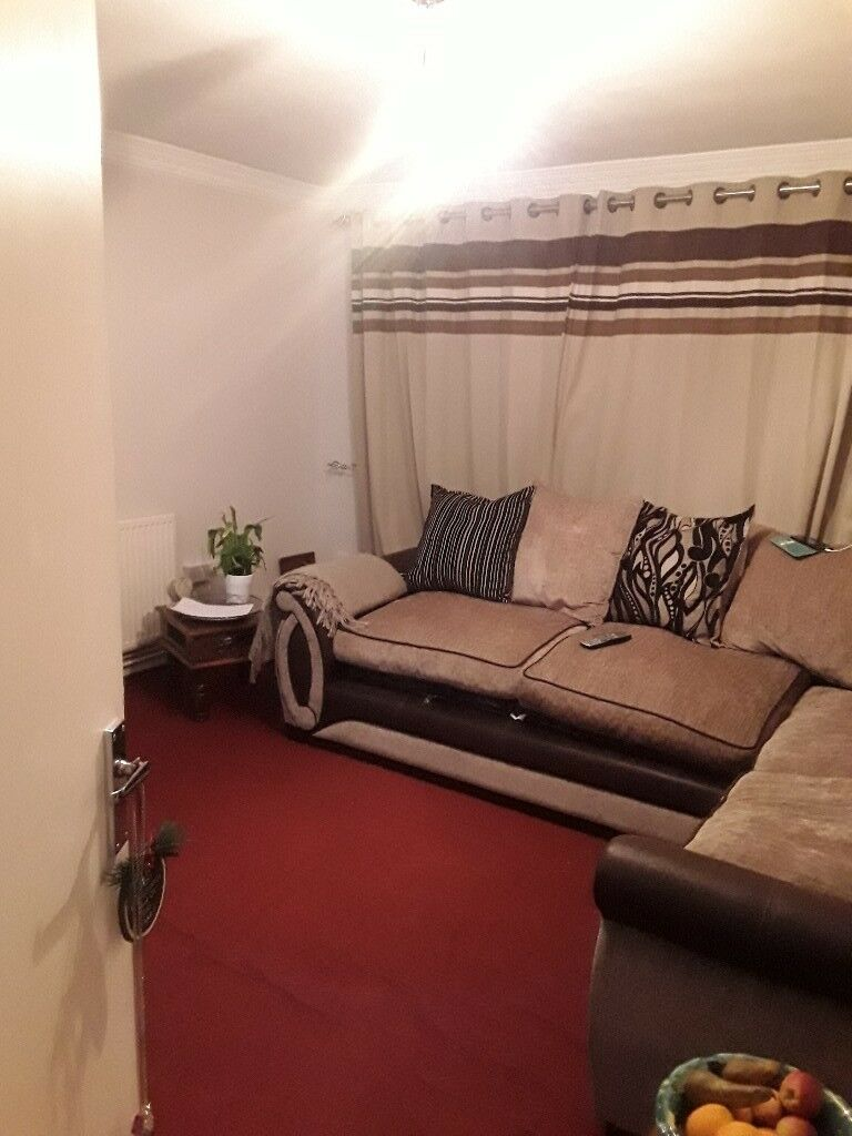 1 bedroom flat ready to move in