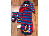 Mickey Mouse hat, scarf and gloves set