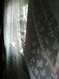 Daylight net curtains