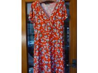 Ladies v neck dress size 14