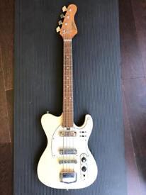 Bass guitar - Jedson short neck