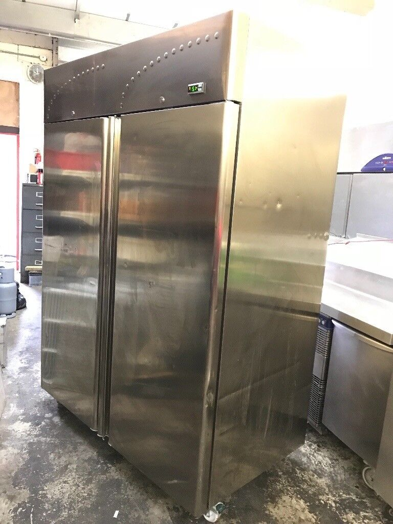 Double doors upright commercial fridge, alpfrigo italian fridge