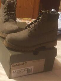 Girls timberland boots size 3.5