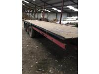28ft tri axle flat bed trailer