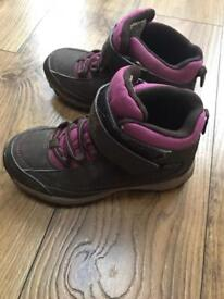 Girls regatta walking boots