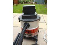 AquaVac Boxer Wet & Dry Vacuum Cleaner - USED