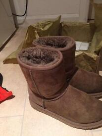 Ugg boots boxed