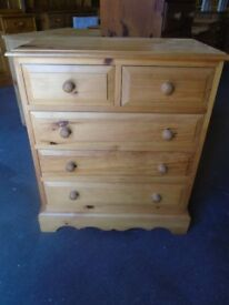 Solid pine chest of drawers 2 over 3