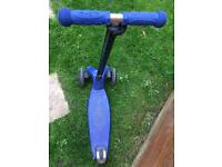Top condition Maxi Micro Scooter Blue