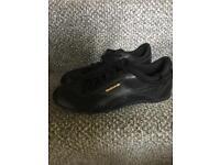 Reebok classics size 5 black