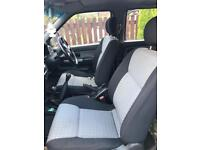 Nissan navara seats
