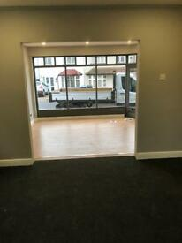 Shop / office to let long term