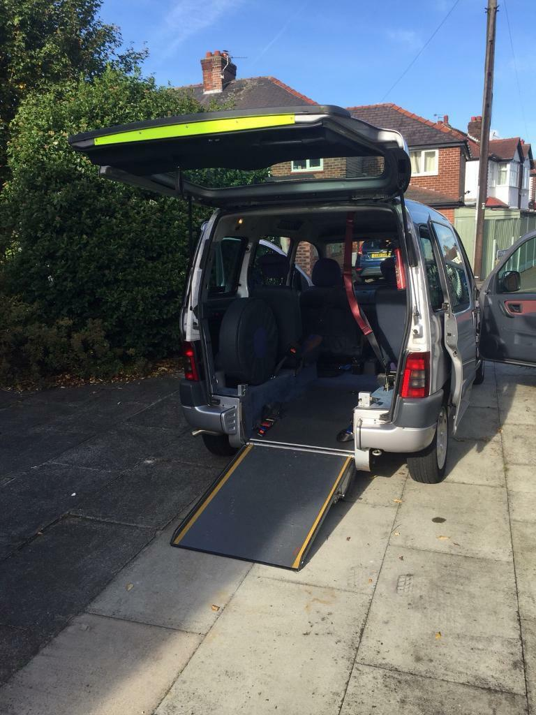 Citroen Berlingo wheelchair adapted