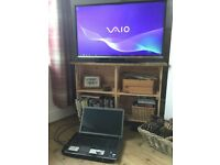 Sony vaio vgn/aw41mf laptop 18 inch HD Blu-ray Used