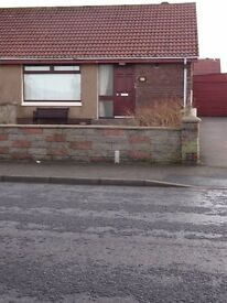 Unfurnished 2 Bedroom Semi - Detached Bungalow - Great Location