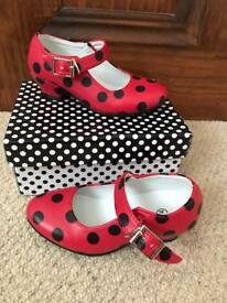 Spanish shoes infant size 6-7 age 3