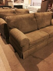quality 3-2 recliner suite-- Like new