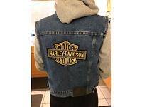 Harley Davidson sleeveless denim jacket embroidered LOGO Women's Medium
