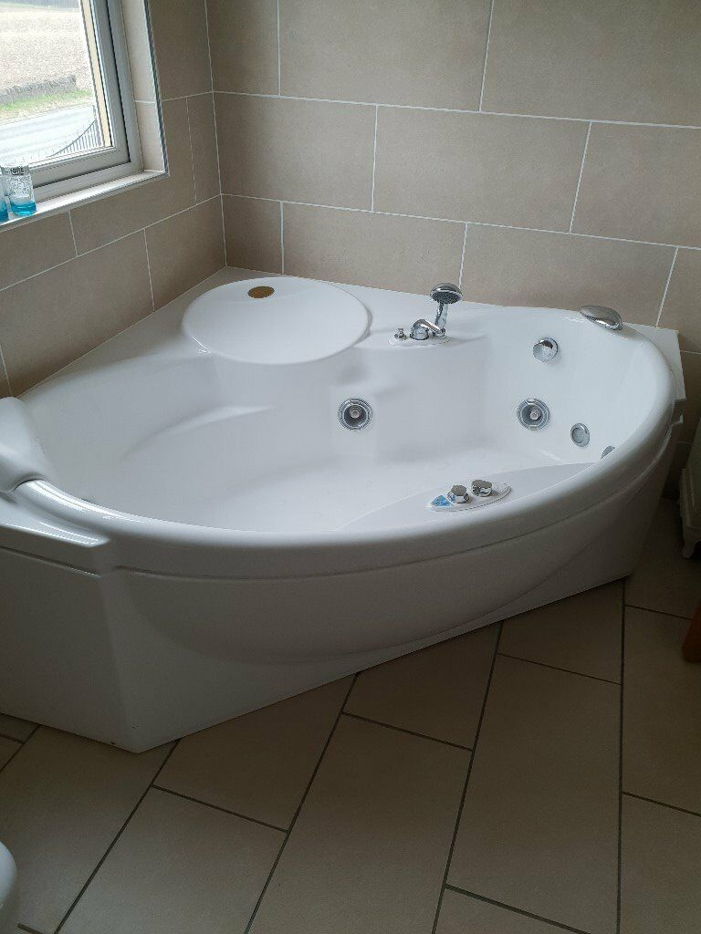 Jacuzzi Corner Bath | in Dunfermline, Fife | Gumtree