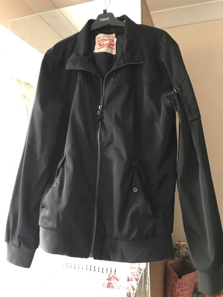 Levi men's jacket size medium