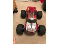 Traxxas roc cars and parts battery's and chargers