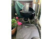 Weber® Original Kettle™ 57cm Black Charcoal BBQ like new