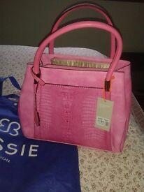 Bessies of London Ladies Handbag