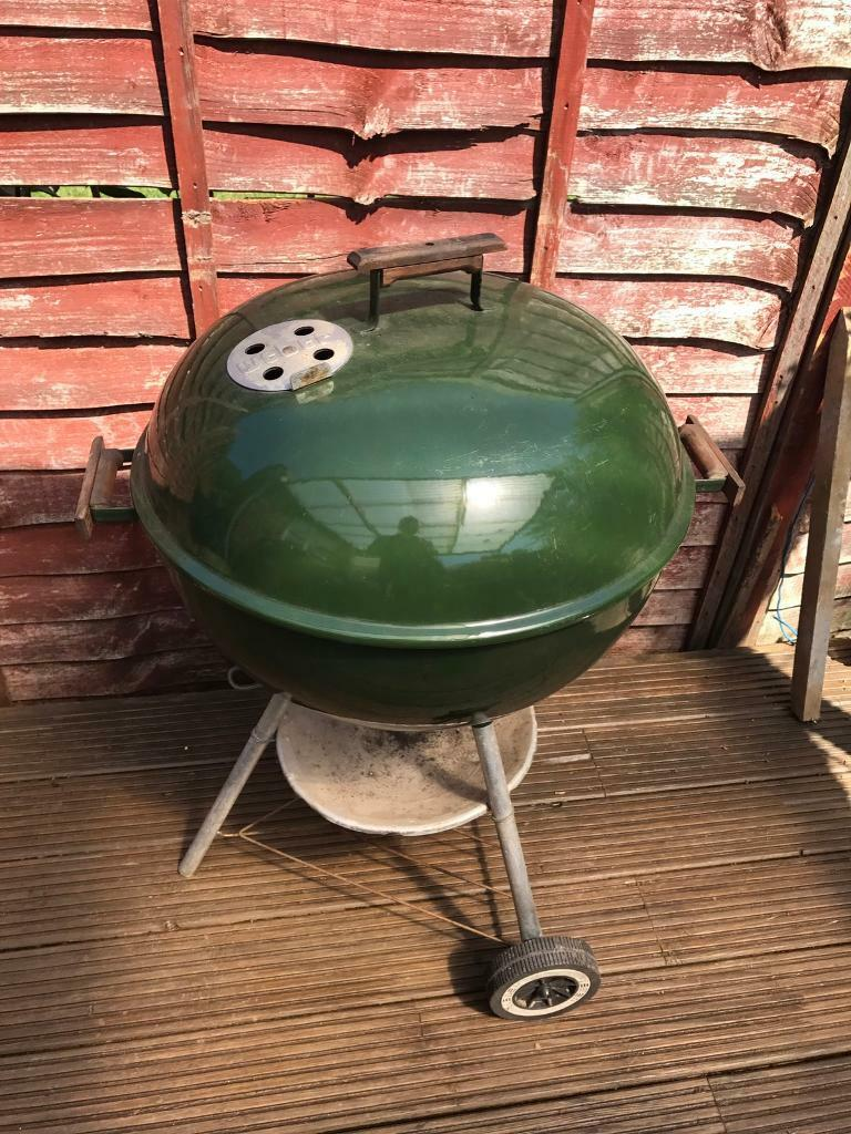 57cm Weber BBQ charcoal Original Kettle round barbecuein Southampton, HampshireGumtree - 57cm Weber BBQ charcoal Original Kettle round barbecueVery Good condition cleaned ready to use