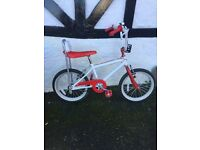 BIKE. CHOPPER. OLD SCHOOL. GREAT CONDITION. HEIGHT ADJUST. UNISEX COLOURS. LOVELY