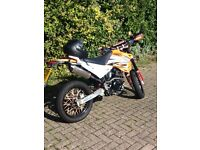 Sinnis Apache 125cc motorcycle 2016 plate