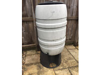 Outdoor waterbutt 200 litre - free to collect