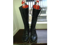 VINTAGE 90s DR DOC MARTENS BOOTS in black leather *size 5 or 38*