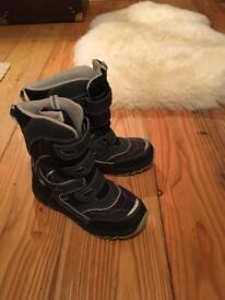 Ten-tex kids snow boots size 35