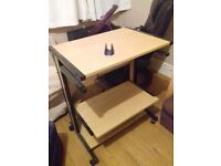 Desk for sale used but in very good condition