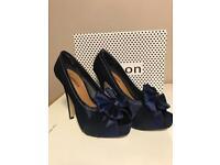 Ladies High Peep Toe Shoes - Size 6