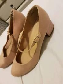 Ladies Shoes Size 6 wide fit