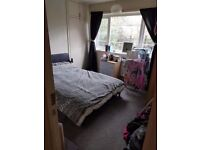 Large 2 bed ground floor flat
