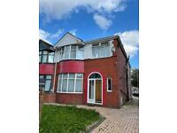 1 large bedroom in house share