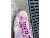 Ladies Puma pink Suede trainers unworn