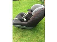 Black maxi cosi 2 way pearl and isofix base