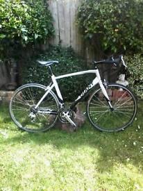 Giant Defy 4 road bike