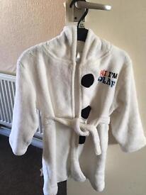 Frozen dressing gown & jumper