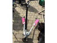 V Scooter in pink