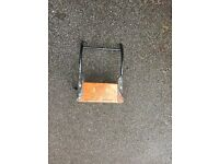 Outboard bracket for rubber dinghy