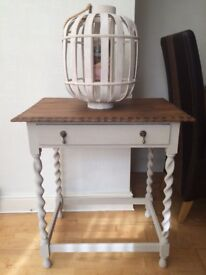 Side table/unit with drawer
